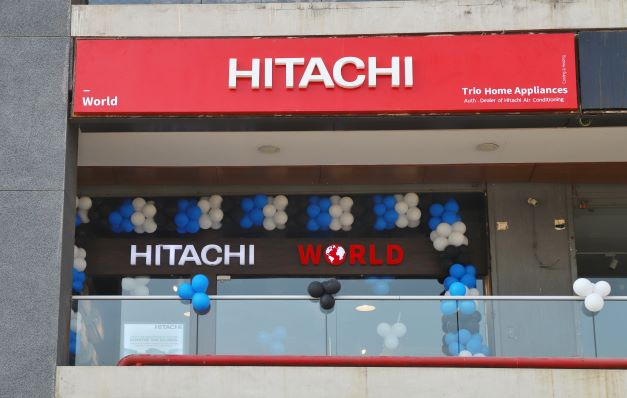 Hitachi launches world's first modular side throw VRF air conditioning system
