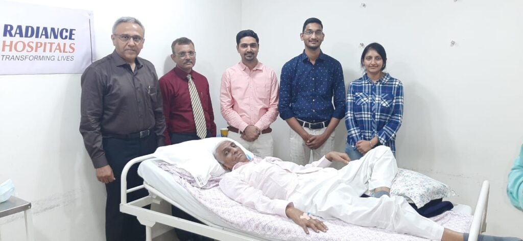 Covid-19 Patient rescued after having 120 day ICU treatment
