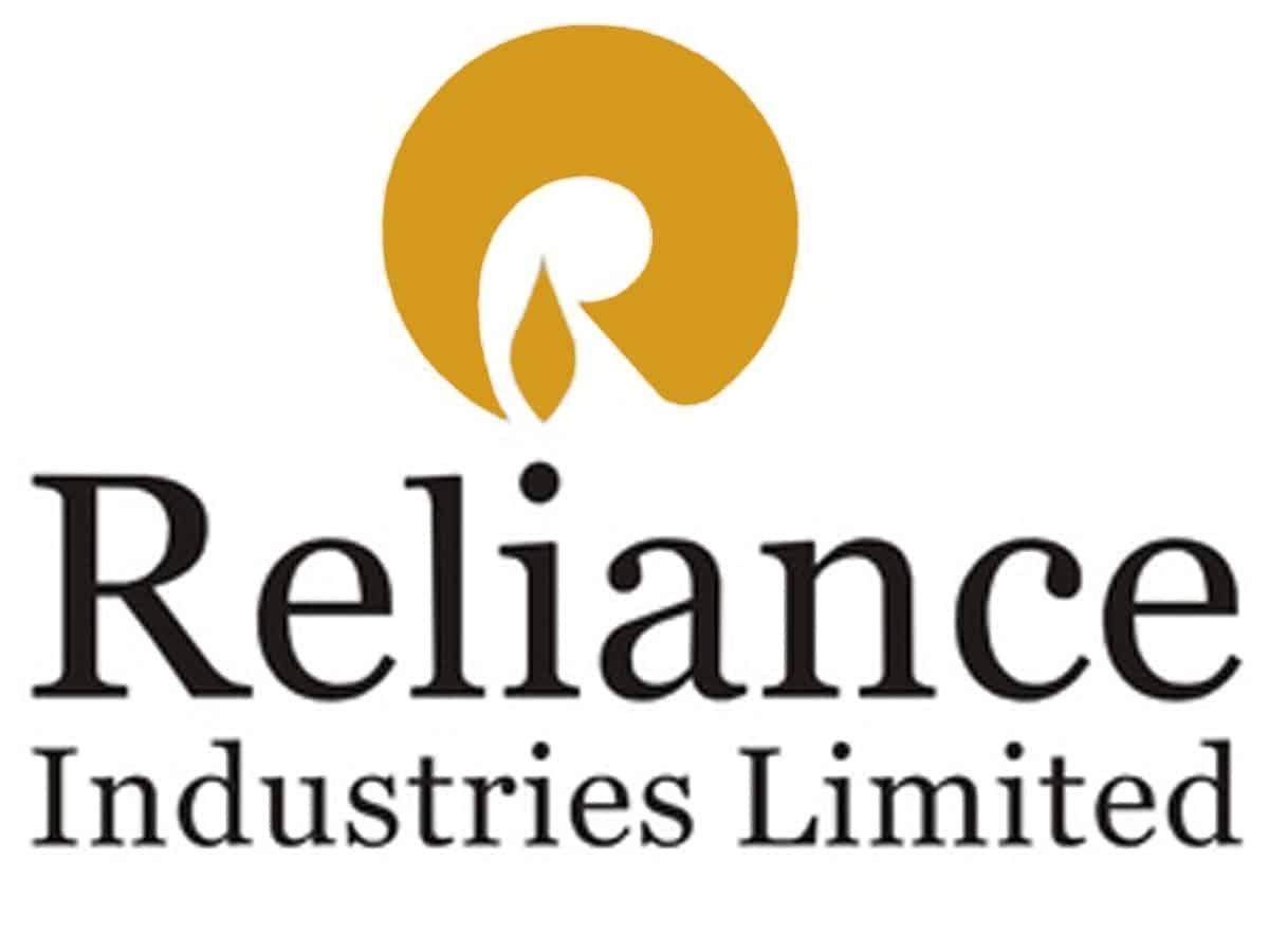 Reliance crosses $200 billion / Rs 14.7 lakh crore market capitalisation