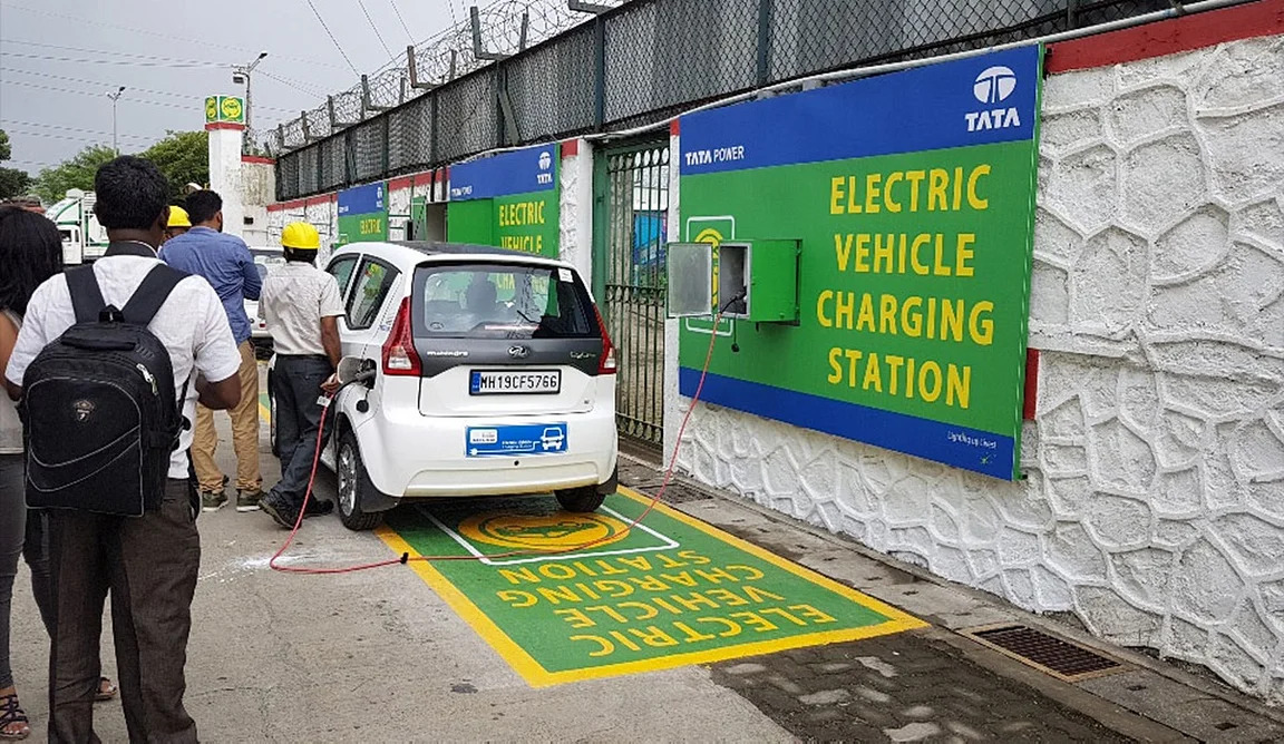 Tata Power achieves milestone of more than 1000 EV charging stations across the country